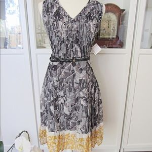 Halgon NWT Black White & Yellow Pleated Dress